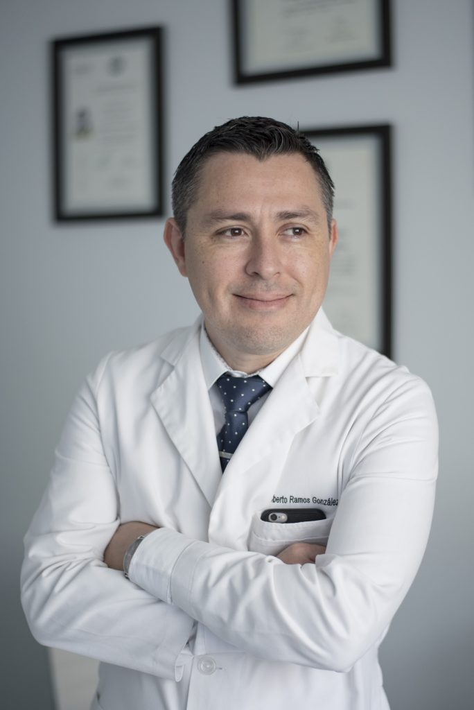 Dr. Roberto Ramos González