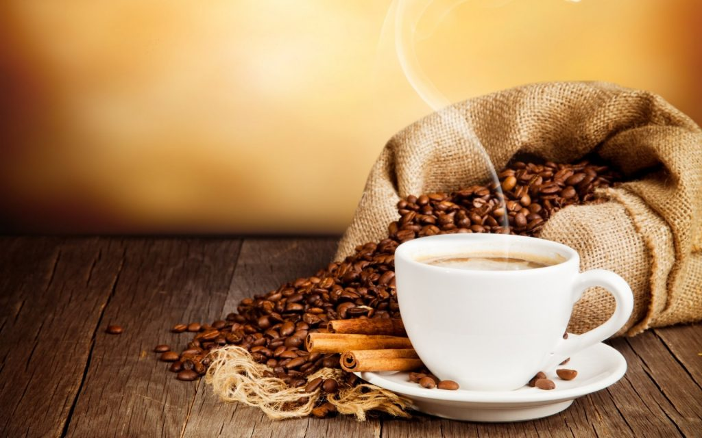 Efectos del café en el estómago, intestino e hígado: